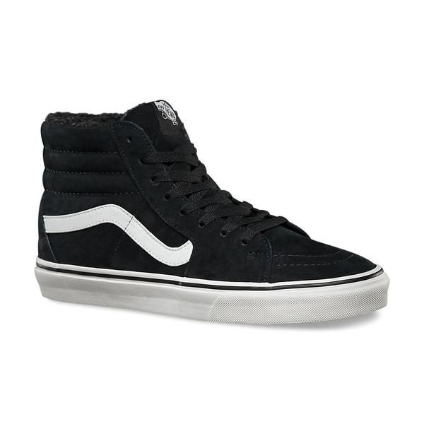The Sk8-Hi is Vans classic. A must have for these wintery months.