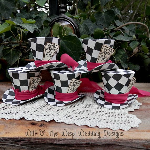 Alice in Wonderland  Decor set 5 ,Mini MAD HATTER Top hats  favors/table decorations