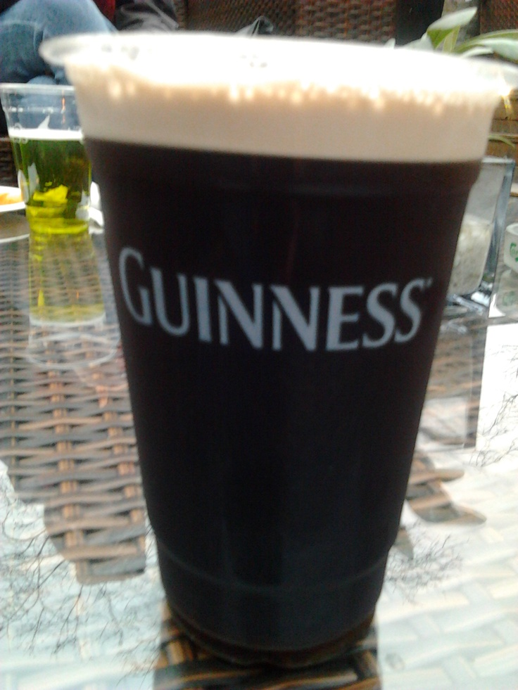 black black black...Saint Patrick's Day @ O'Mally's Pub, Shanghai, China