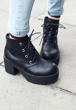 90s lace up grunge punk rock platform ankle boots