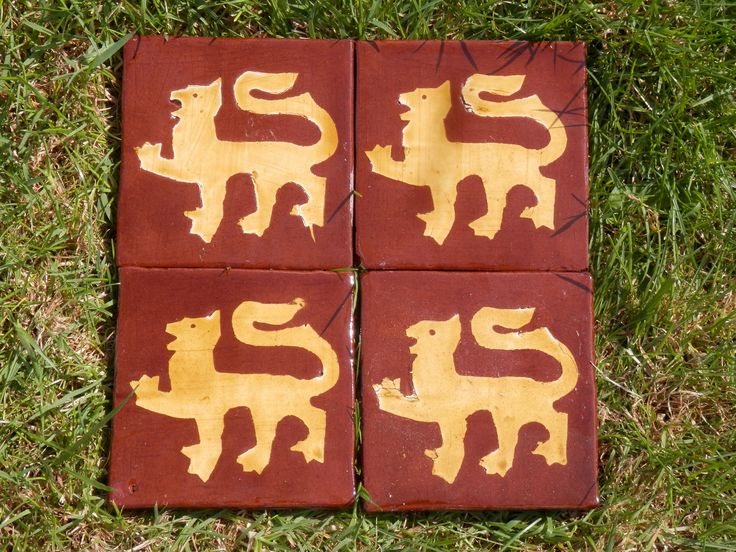 Medieval lion passant - inlaid tiles by Tanglebank Tiles