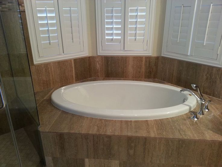 Design Your Dream Walk-In Tub in North Las Vegas - Walk-in tubs in North Las Vegas can provide you with the tub of your dreams equipped with everything from seating to adjustable jets. It is critical to choose the right company focused on high quality and affordability to make the installation.