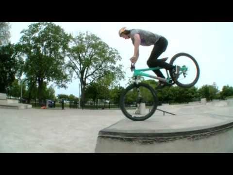 Brandon Semenuk - 48 hours in Chicago