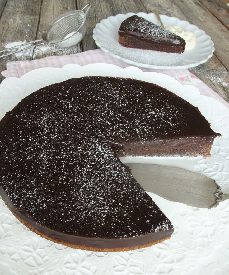 Klassisk chokladfudgetårta – Lindas Bakskola