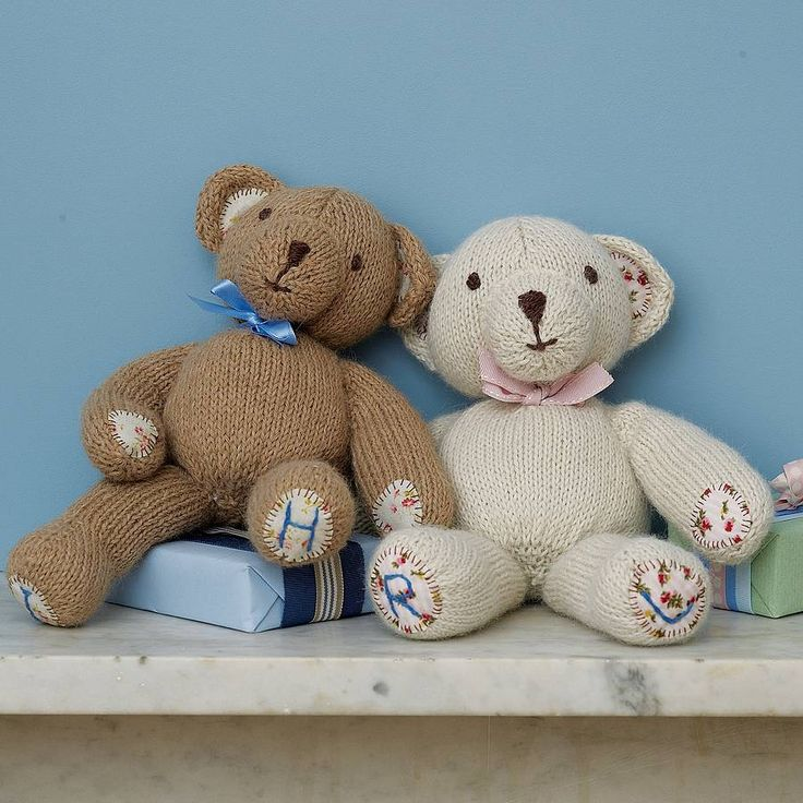 Are you interested in our knitted bear? With our teddy bear you need look no further.