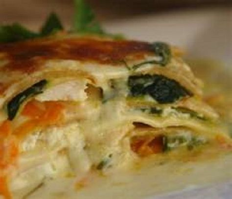 Olive Garden's VEGETABLE LASAGNA * no meat * LOTS of VEGETABLES * Alfredo Sauce ** recipe & photo courtesy of Olive Garden