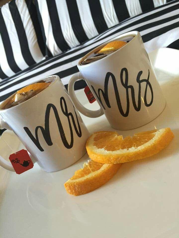 Mr & Mrs - mug (black)