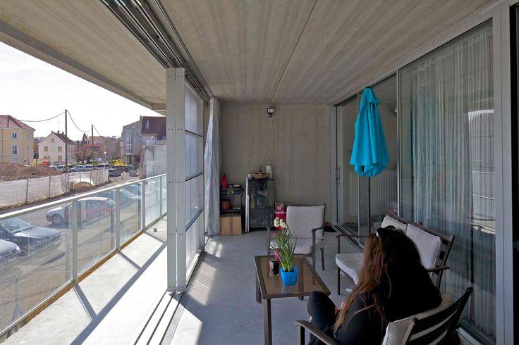 59 viviendas por Lacaton & Vassal. Fotografía © Philippe Ruault. Señala encima de la imagen para verla más grande.