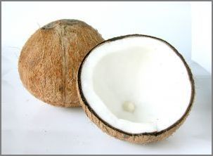 Coconut oil has 10billion uses. I love it for hair conditioner and facial moisturizer. I tend to get breakouts but this as a moisturizer did not give me any, or feel slimy. Love it! Next up going to use it for chapstick.: Recipe, Homemade Coconut, Food, Oils, Coconut Milk, Coconut Oil, Beauty, Health, Hair
