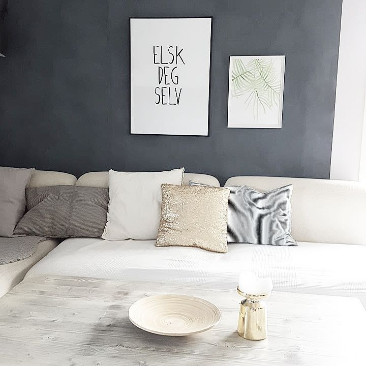 Elsk deg selv  Happy Tuesday  #interiortoyou #interior4all #roomforinspo #boligplussminstil #finahem #interiorforinspo #boligpluss #rom123 #tipstilhjemmet #dream_interiors #skandinaviskehjem #vakrehjem #vakrehjemoginteriør #interior123 #inspirasjonsguidennorge #asafotoninspo #bobedre #interiørmagasinet #interior_may #interior_and_living #interioristapicture #boligmagasinet #boligstyling #tendesignnorway #interior2you #inspirasjonsguidennorge #whiteinterior #ssevjen #miennasverden #finahem…