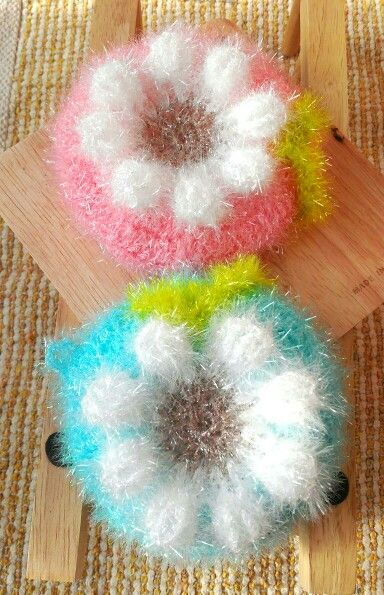 Crochet scourer
