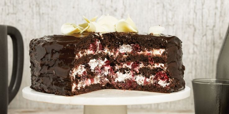 Chocoladetaart met cranberry's en mascarpone | ELLE Eten