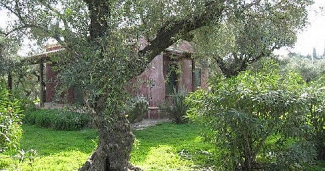 Brown House, Vassilikos, 4 persons  