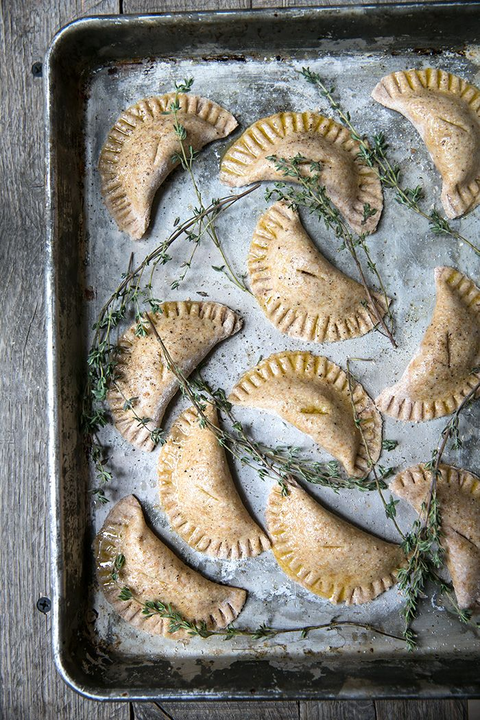 mini pumpkin empanadas | vegan spelt crust - what's cooking good looking
