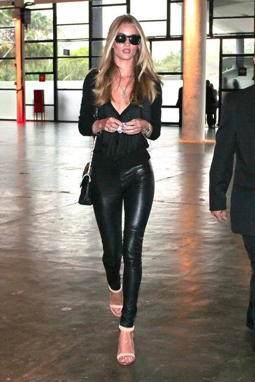 Rosie Huntington-Whiteley #black #allblack #leather