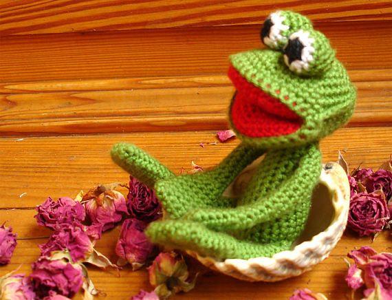 Frog Amigurumi Crochet Toy Gift Souvenir Green