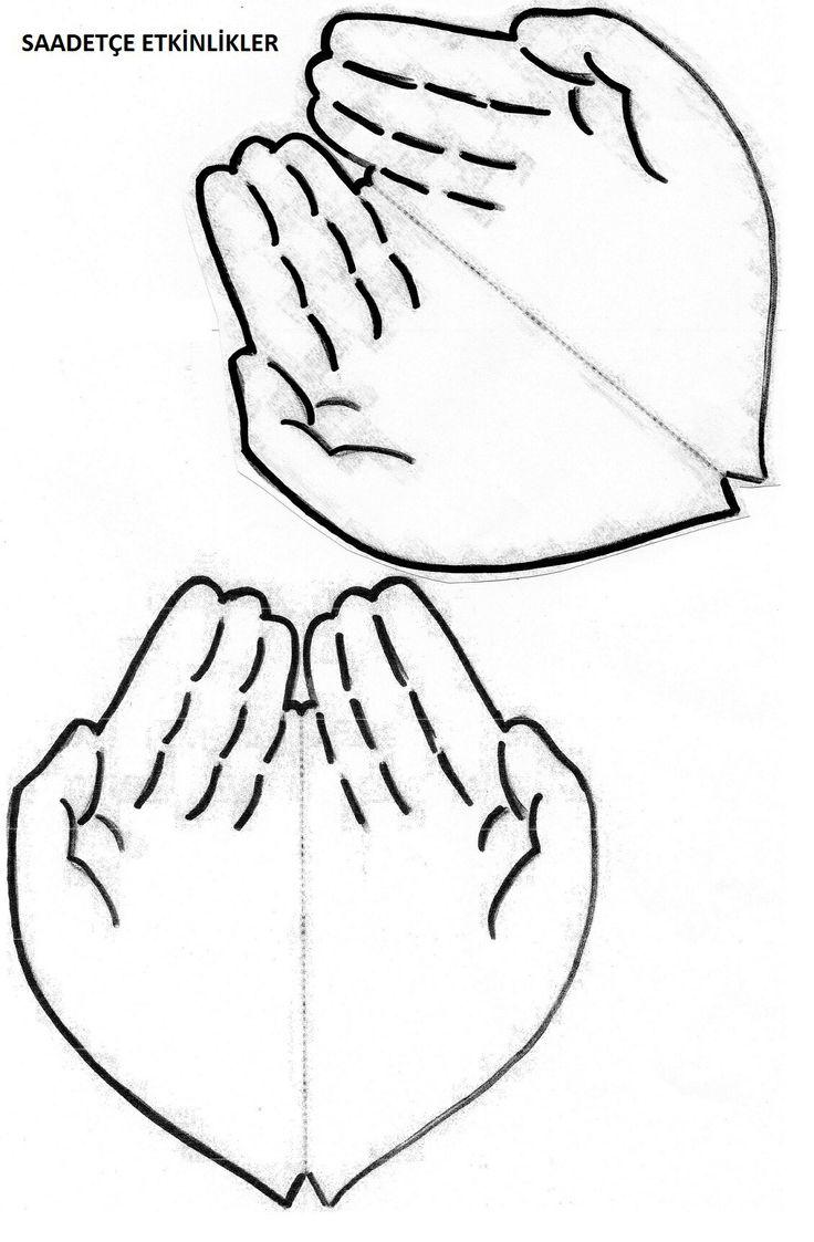 Manos rezando. Se escribe la oración en el interior.