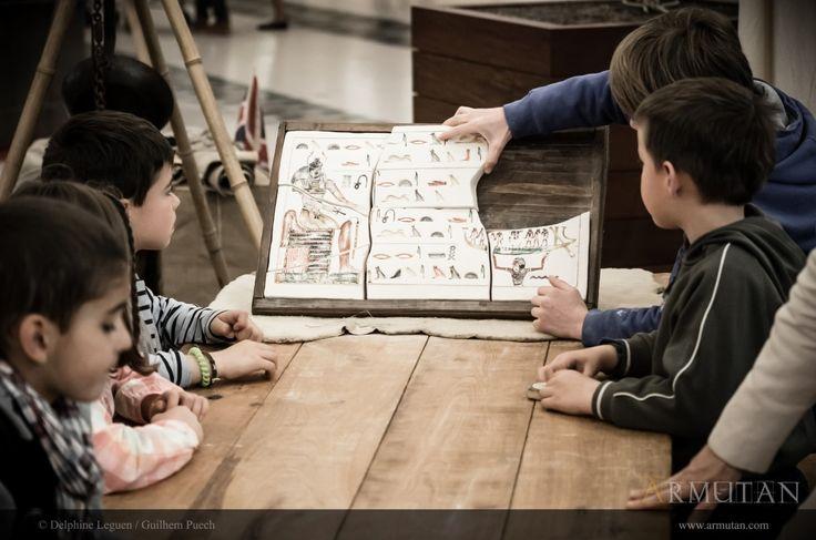 ©#armutan ©#delphineleguen ©#guilhempuech #explorateurs #archeologie #fouilles #egyptologie #hieroglyphes #animation #enfants
