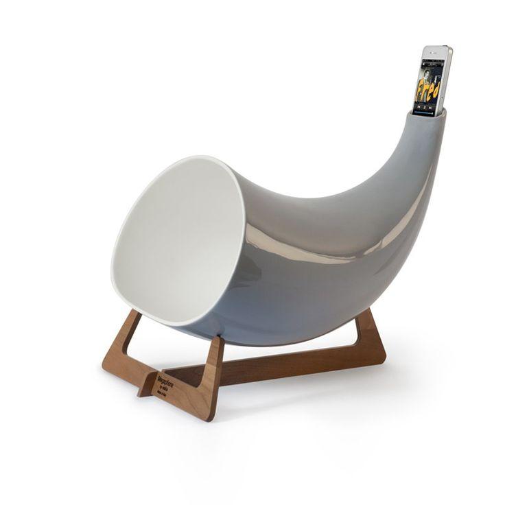 Megaphone Grey by en $532