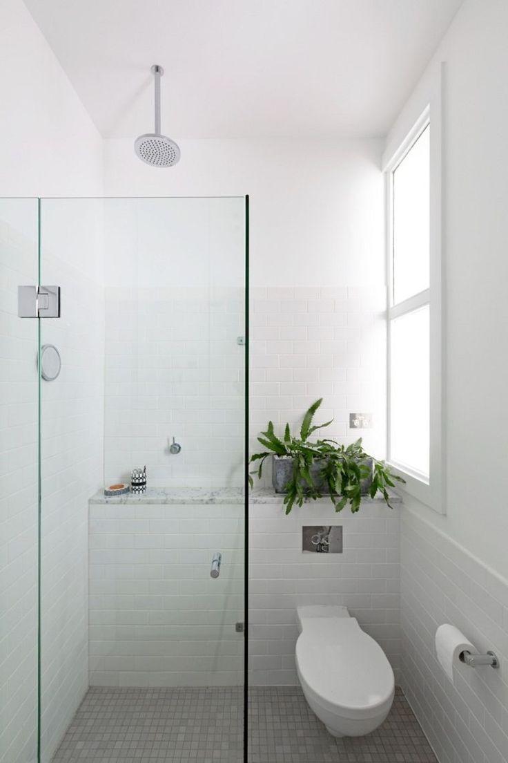 petite salle de bain Pinterest et déco de toilettes et douche