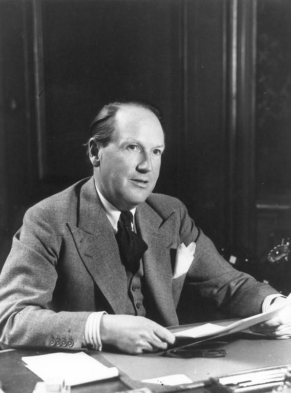 Johan Willem Beyen: a plan for a common market  The international banker, businessman and politician Johan Willem Beyen was a Dutch politician who, with his 'Beyen Plan', breathed new life into the process of European integration in the mid-1950s.