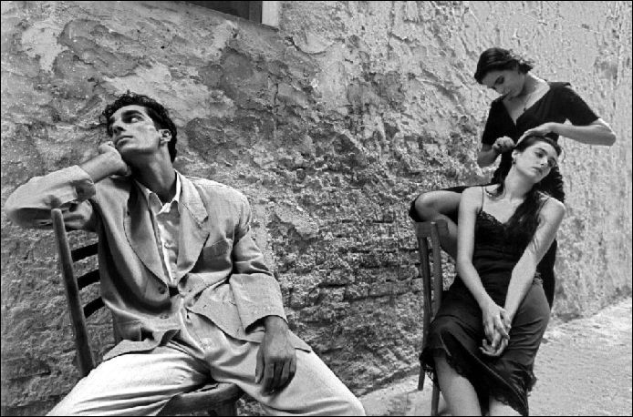 Ferdinando Scianna (photographer for Dolce and Gabbana in the past, with model Marpessa)