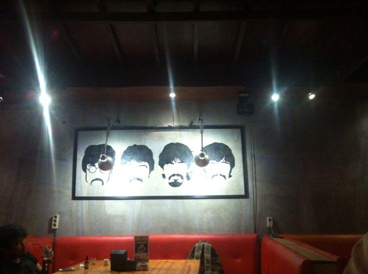 Jackrunner coffe shop, ciumbuleuit, bdg