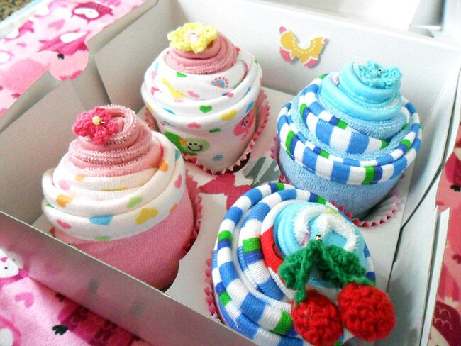 "Washcloth Cupcake Baby Gift Set | Enjoy the sweetest moment in your life with this ""pre-baked"" washcloth wrapped into..."