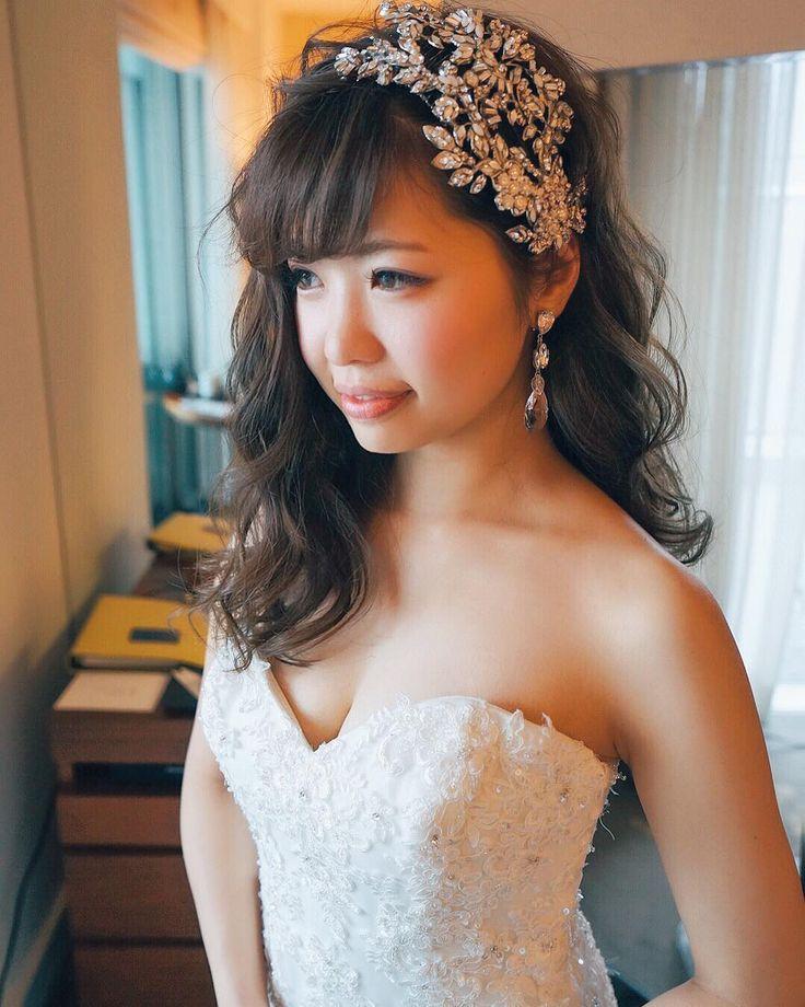 #Weddinghair #マリアエレナ #mariaelena #二次会はダウンスタイルでマリアエレナの大振りのアクセサリーを付けました✨ hair/yuudai ・ ・ #日式髮型#日式新娘#新娘髮型#空氣髮型#新娘#空氣感#結婚#西式新娘#updo#bridal#bride#hairmake  #wedding #hairstyles #hairarrange #hairaccessory #bijou