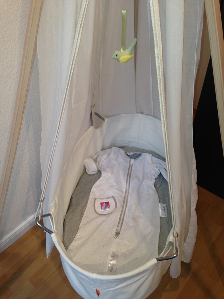 The Bag Newborn and the Leander cradle - what a fantastic combination!