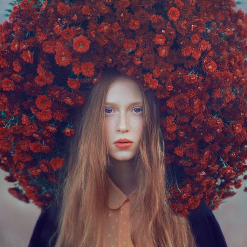 The flower crown to end all flower crowns!  (photo by Oleg Oprisco)