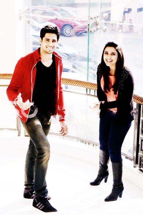 My babies<3  Sidharth Malhotra and Parineeti Chopra!  Can't wait till Hasee Toh Phasee!