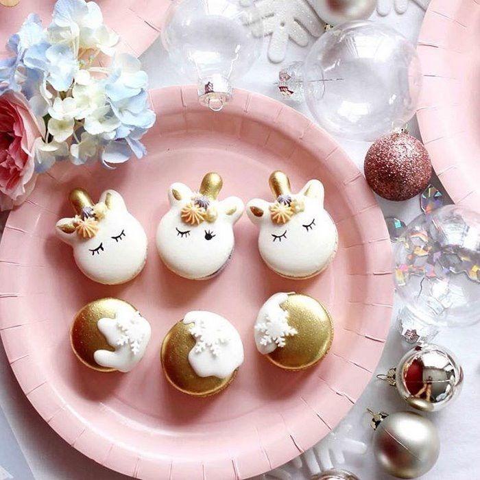 Christmas Unicorn Macaroons by arelio_sweetbox (Arelio Sweetbox) -Custom Made Macaroons!!