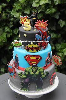 lekker zoet: super heroes taart  en cupcakes superman, bathman,...