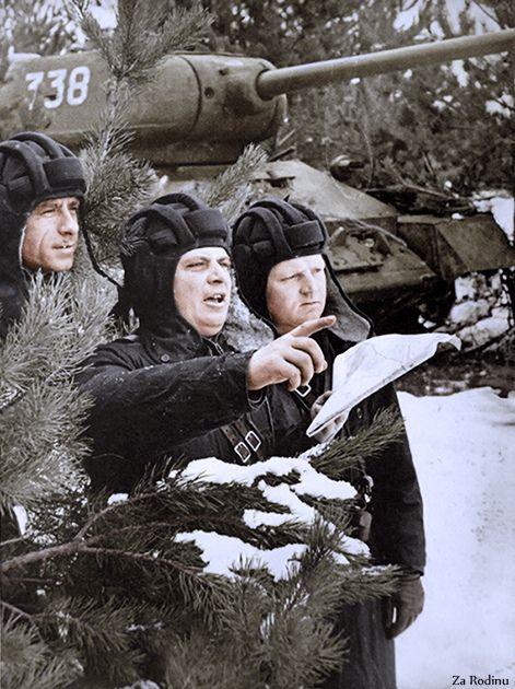 Soviet T-34 Tank Crew | Original Black and White photo can b… | Flickr - Photo Sharing!