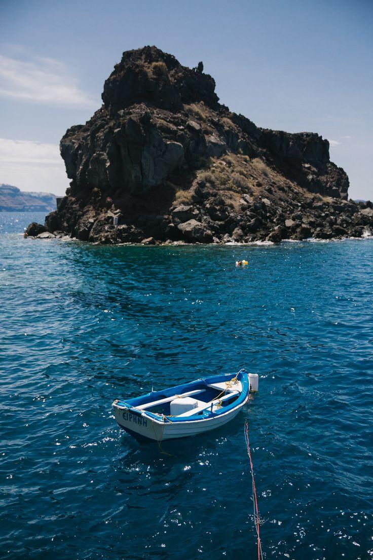 Swimming Amoudi Bay Santorini-10