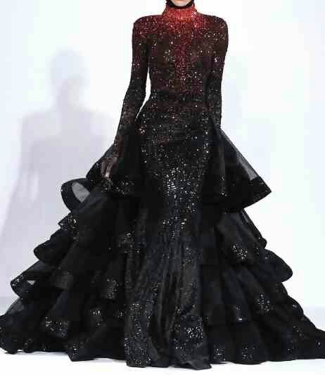 OH so stunning Michael Cinco Fall 2013 A costume that would be very fitting for the Evil Queen although I would want more skin on show for my character.