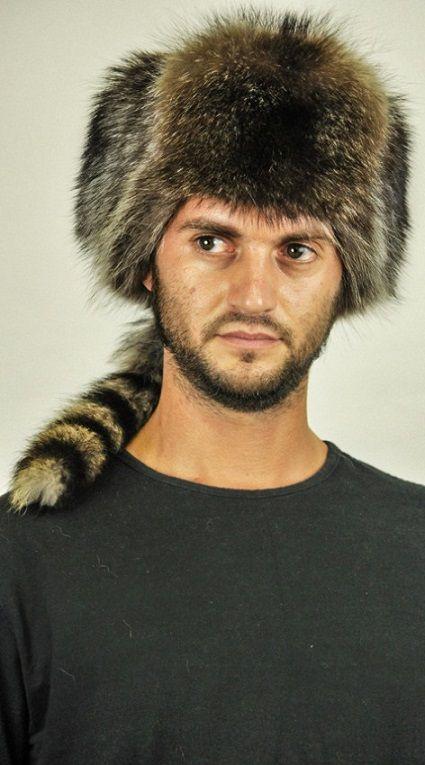 Cappello pelliccia procione per uomo  www.amifur.it