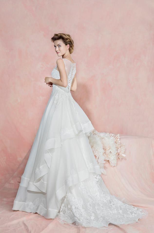 Fiorinda le spose di Carlo Pignatelli 2016. #carlopignatelli #sposa #bride #weddingdress #bridalgown #weddingday #matrimonio