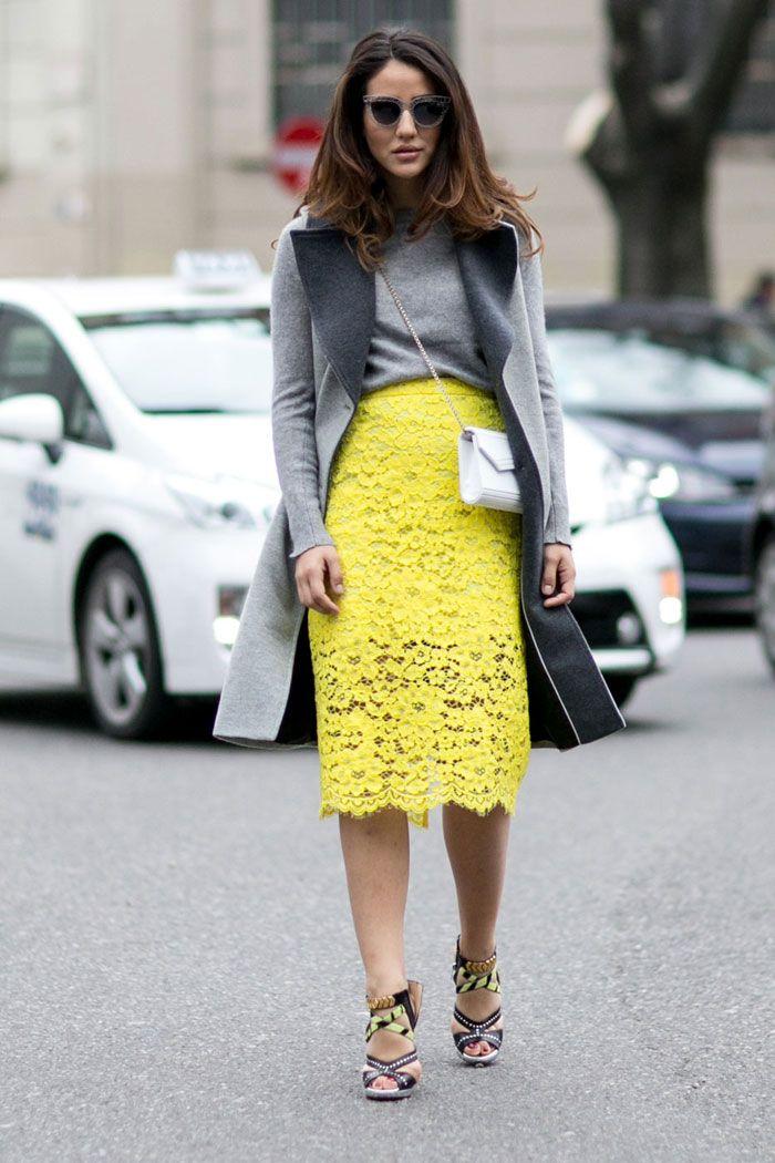 En la actualidad la comodidad es lo que predomina en la moda, sobre todo durante el periodo de fashion week. Es por eso que el tipo de bolsas al hombro en diferentes tamaños, formas y colores es la más vista por las calles.