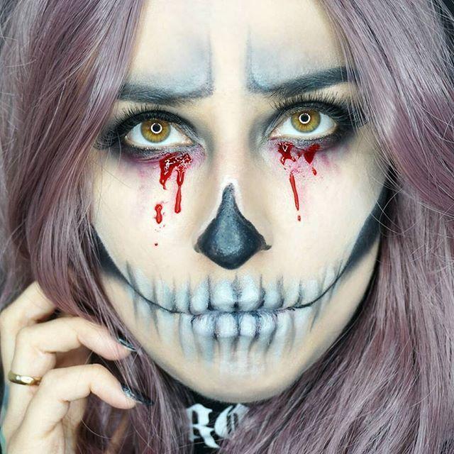 Halloween 😍 Moje pierwsze poczynania z moja Lampą i kosmetykami od #primark 😁💞 Niedługo na moim kanale YouTube pojawi się Tutorial na zrobienie tego makijażu 😘😘 Mam nadzieję że Wam sie spodoba ❤ #halloween #halloweenmakeup #skull #skullface #skullmakeup #makeupcommunity #artscommunity #makeupartist #lifestyle #youtuber #youtube #blogerka #blogger #polishgirl #primarkmakeup #makijaż #l4l #f4f