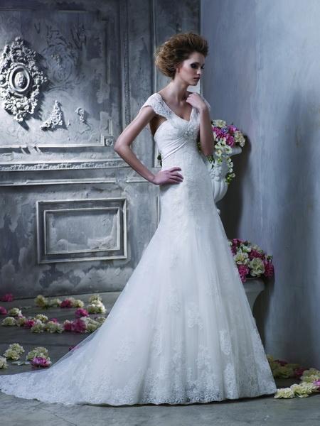 Igen Szalon Benjamin Roberts wedding dress #igenszalon #weddingdress #benjaminroberts
