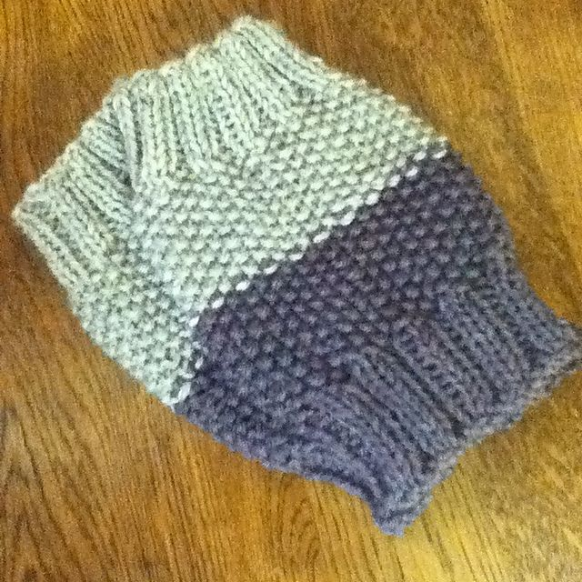 Beginner Crochet Boot Cuff Pattern : Top 25 ideas about Knit Boot Cuffs on Pinterest Cable ...