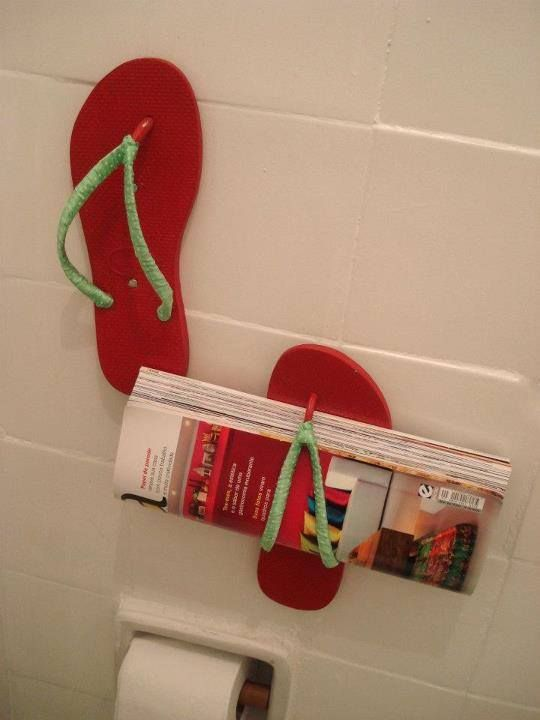 Flip over this. Old flip flops used to hold magazines in small spaces, like the bathroom   #recycle