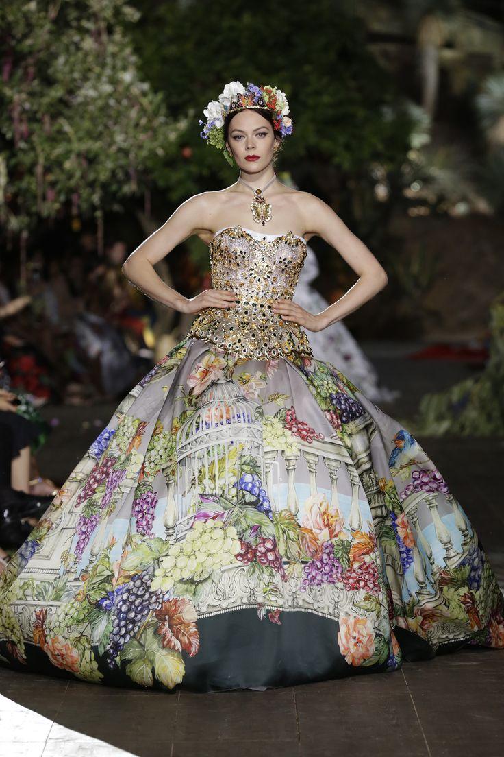 Dolce & Gabbana Alta Moda Fall/Winter 2015-2016 93