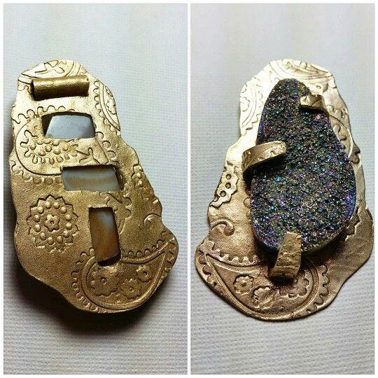 Dije arcilla metalica de bronce y drussy