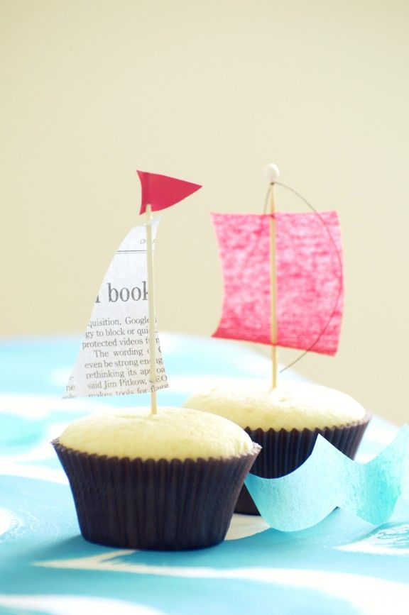 Boat Cupcakes for an Ocean Party - Find Nautical Party Ideas at http://www.birthdayinabox.com/party-ideas/guides.asp?bgs=183