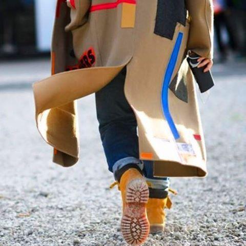 k.molly+Timberland. ⭐️ . . #timberland #timberlandboots #boots #coat #jacket #streetsnap #fashion #details #design #shoes #ootd #outfit #denim #mens #mensfashion #海外スナップ #コート #ティンバーランド #ブーツ #今日のコーデ #今日の服 #メンズ #メンズファッション