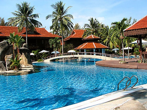 Book your Meritus Pelangi Beach Resort Langkawi in Langkawi with au.explura.com. Great deals for Langkawi Meritus Pelangi Beach Resort Langkawi with Hotel Photo's, Reviews and Overviews.