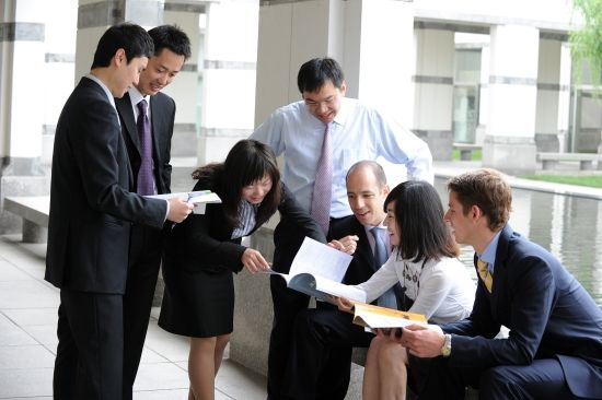 Academic Edge suggests Distance Learning MBA courses and program through recognized university